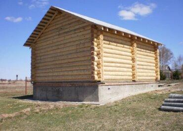 Лучший фундамент для дома из бревна