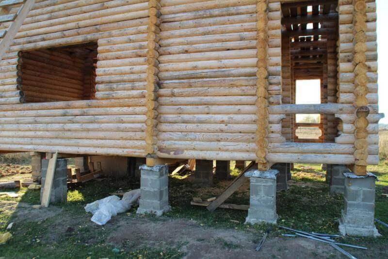 Столбчатый фундамент для бревенчатого дома